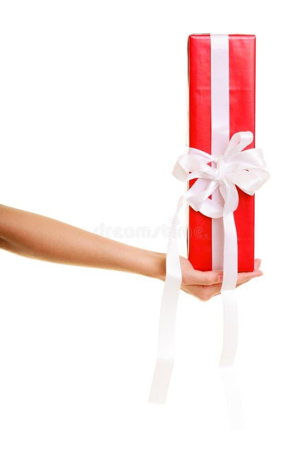 Download Les Vacances Aiment Le Concept De Bonheur - Fille Avec Le Boîte-cadeau Photo stock - Image du vacances, bande: 45361540