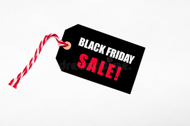 Les ventes de Black Friday étiquettent pour des offres noires de vendredi, ventes, évaluent le rouge images stock