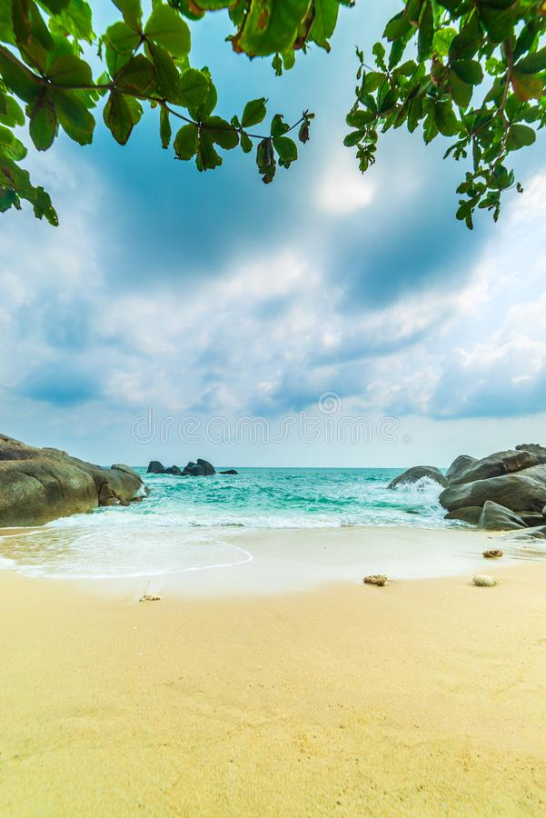 Les ventres de Hin de roche et le Hin Yai de l'île de Koh Samui photographie stock