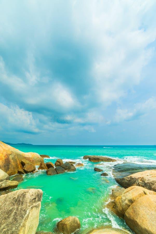 Les ventres de Hin de roche et le Hin Yai de l'île de Koh Samui photos libres de droits