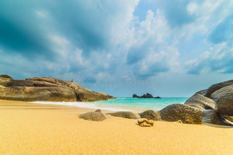 Les ventres de Hin de roche et le Hin Yai de l'île de Koh Samui photos stock