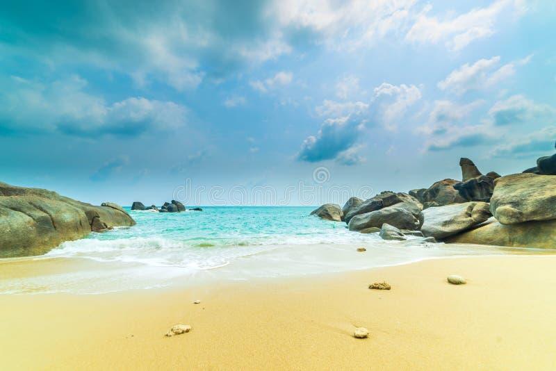 Les ventres de Hin de roche et le Hin Yai de l'île de Koh Samui photographie stock libre de droits