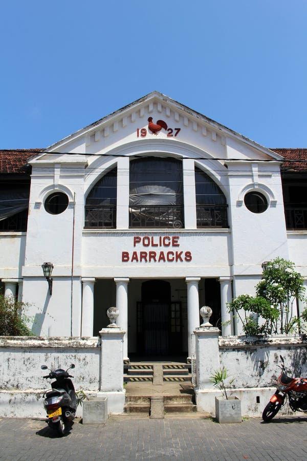 Les vieilles casernes de police dans le complexe de fort de Galle images stock