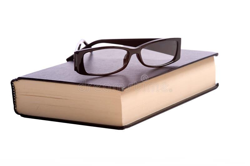 Lesebrille und Buch lizenzfreies stockfoto