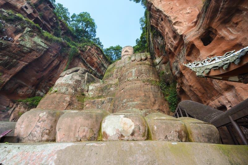 leshan buddha royaltyfria bilder