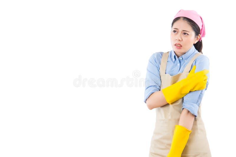 Lesione della spalla e del braccio della ragazza di pulizia immagine stock libera da diritti