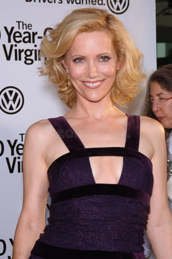 Leslie Mann. Actress LESLIE MANN at the world premiere of her new movie 40 Year-Old Virgin, at the Arclight Theatre, Hollywood. August 11, 2005 Los Angeles, CA stock photo