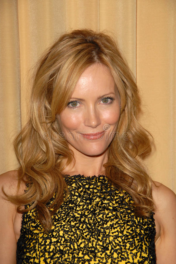 Leslie Mann. At the Fulfillment Fund Annual Stars 2009 Benefit Gala,, Beverly Hills Hotel, Beverly Hills, CA. 10-26-09 royalty free stock photography