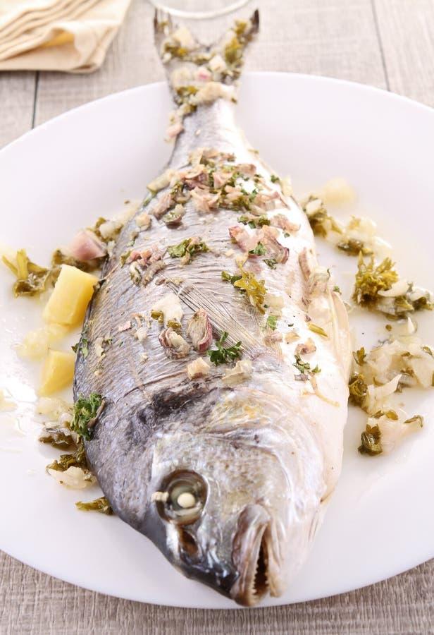 leszcz piec na grillu morze fotografia royalty free