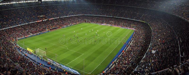 Let op het spel in het stadion royalty-vrije stock foto's