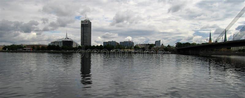 letland Stad van Riga Daugava royalty-vrije stock afbeeldingen