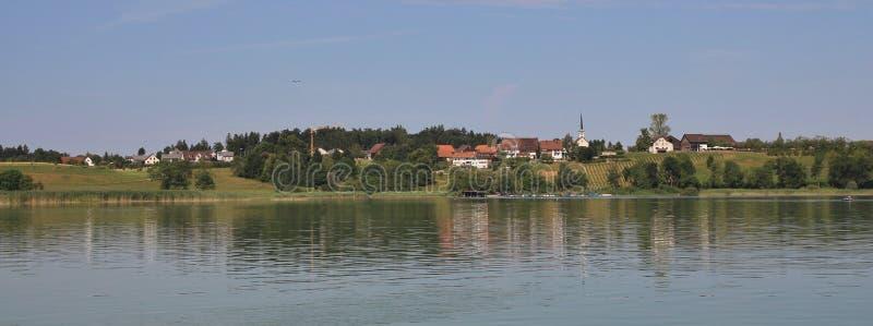 Letni dzień przy jeziornym Pfaffikon fotografia stock