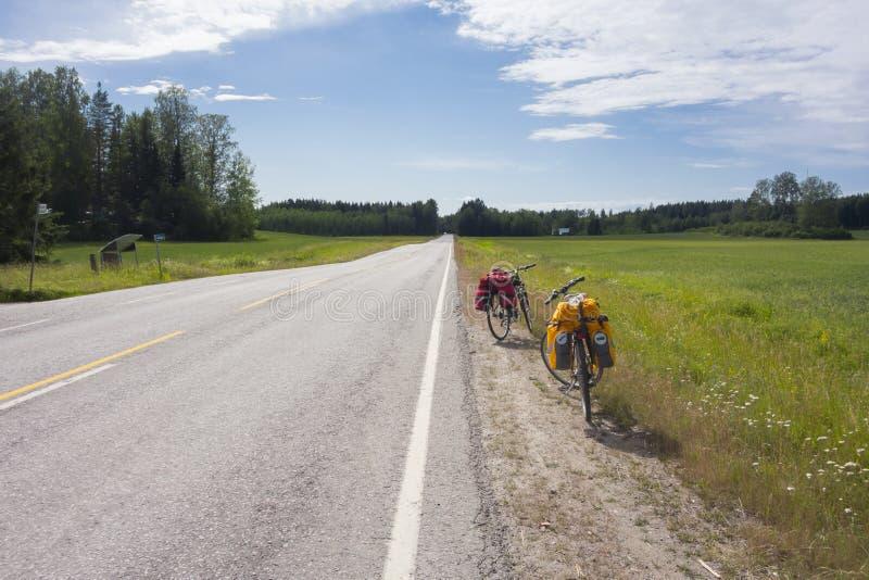 Letnia wycieczka rowerowa zdjęcia royalty free