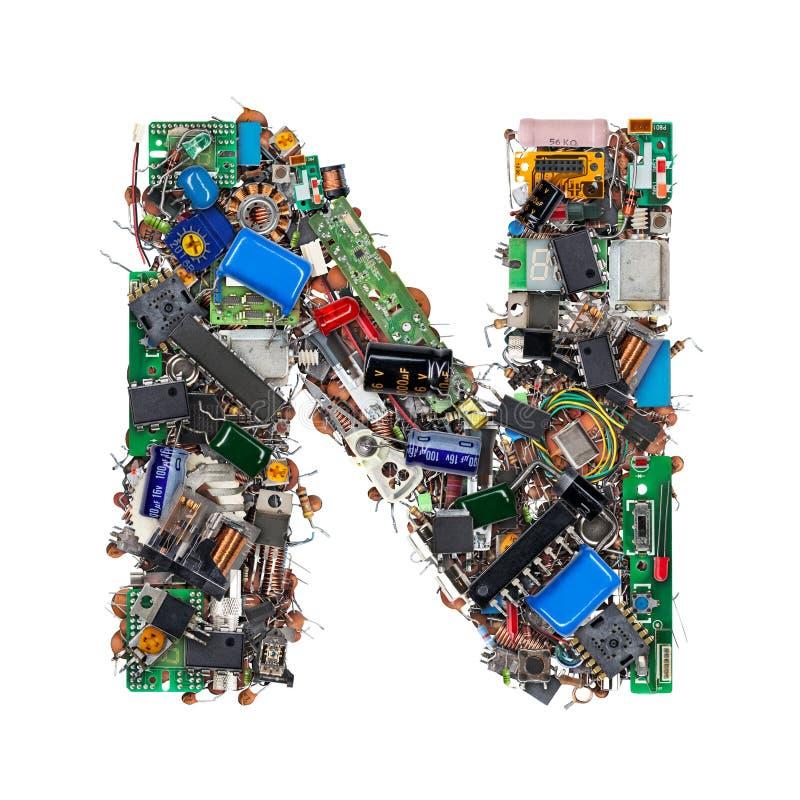 Letra N feita de componentes eletrônicos fotografia de stock