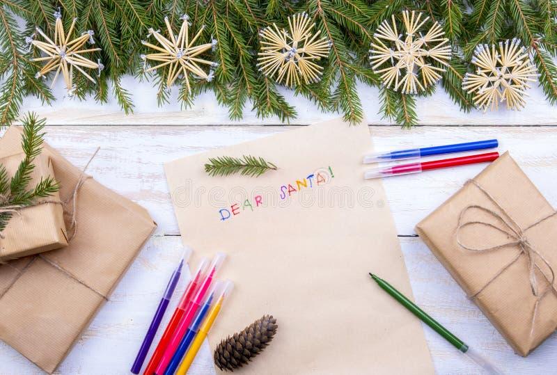 Letra a Papai Noel Cartão de Natal, espaço da lista de objetivos pretendidos fotografia de stock royalty free
