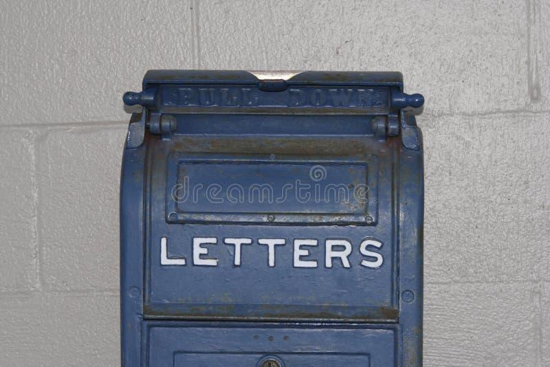 Letras azuis antigas da caixa postal foto de stock royalty free