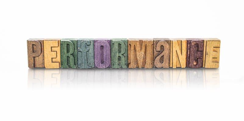 Letras de bloco da palavra do desempenho - fundo branco isolado imagens de stock royalty free