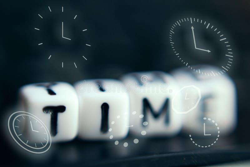 Lettera ?di tempo ?di alfabeto Concetto del fondo di tempo immagine stock