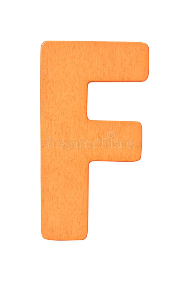 Lettera maiuscola F di alfabeto di legno arancio isolata su fondo bianco immagine stock