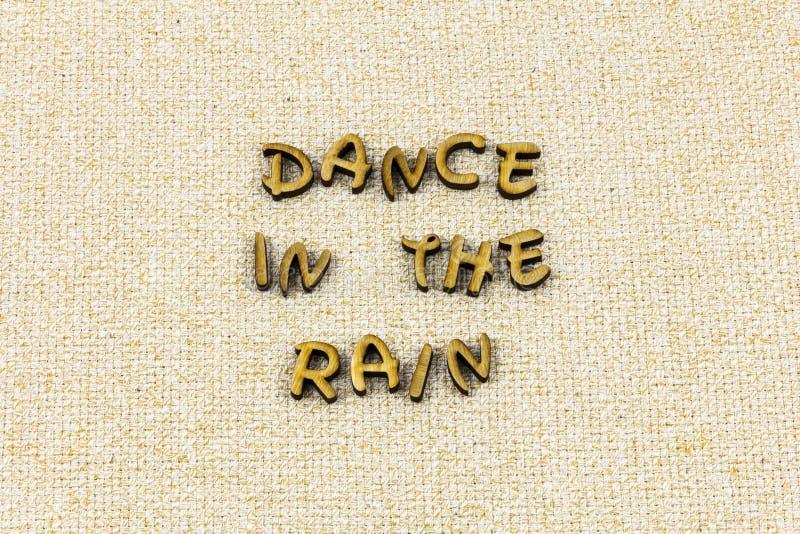 Letterpress αγάπης ονειροπόλων ονείρου βροχής χορού ευτυχής χορεύοντας τύπος στοκ εικόνες