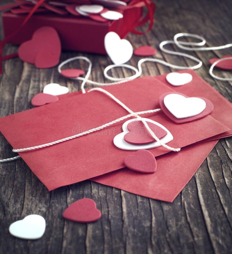 Lettre d'amour pour la Saint-Valentin. Image modifiée la tonalité photographie stock