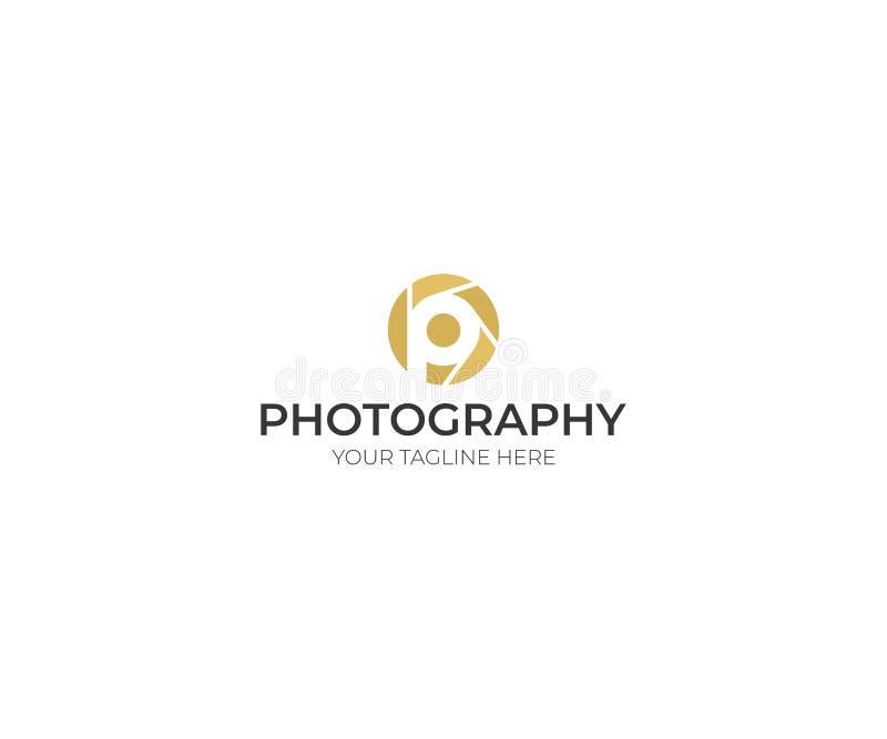 Lettre P Logo Template d'objectif de caméra Conception visuelle de vecteur illustration libre de droits
