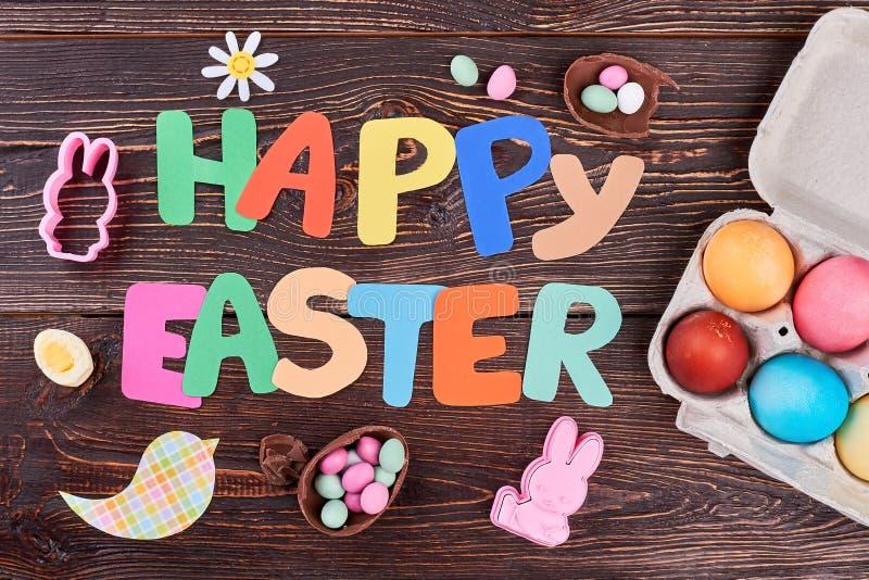 Lettres colorées heureuses de Pâques photos libres de droits