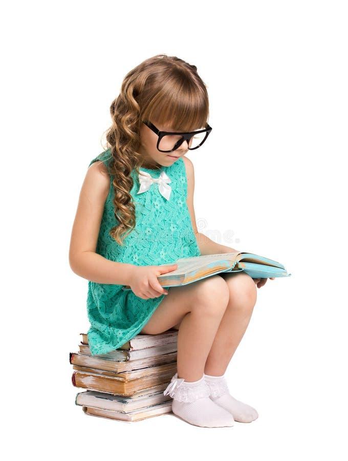 Lettura della bambina fotografia stock libera da diritti