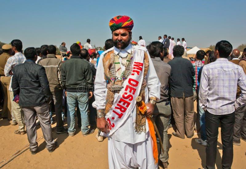 Letztes Jahr Sieger indischen Wettbewerb Herrn Wüste in Rajasthan stockbild