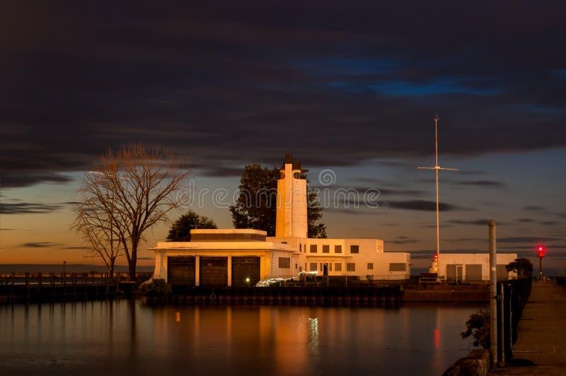 Letztes Licht auf Küstenwache stockfotografie