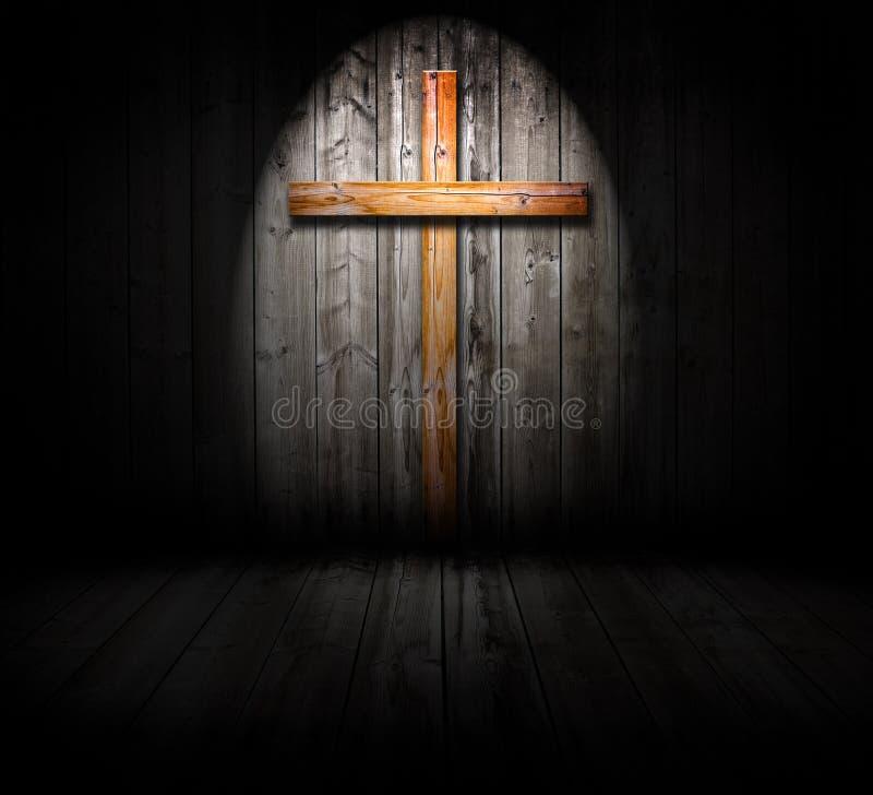 Leuchte auf einem Kreuz lizenzfreie stockbilder