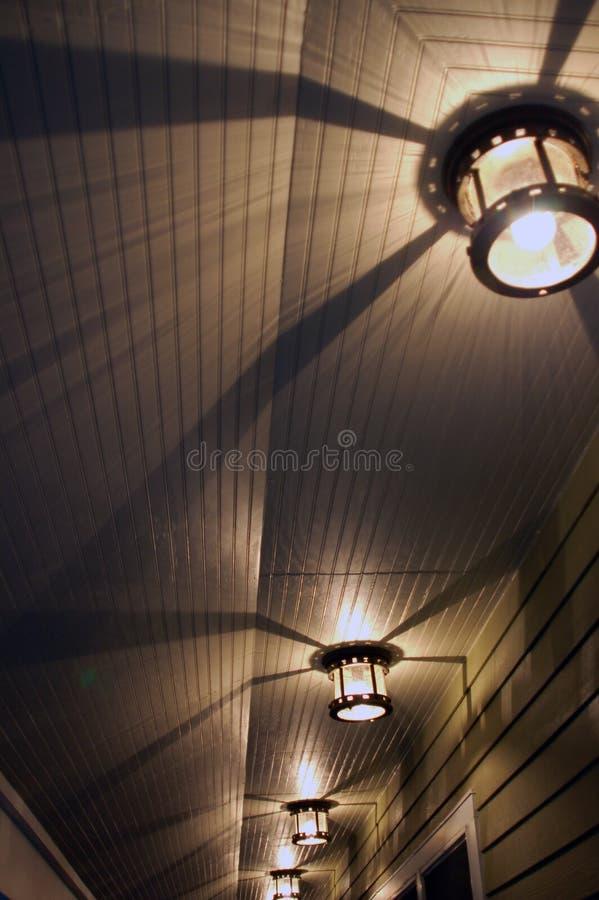 Leuchten u. Schatten stockbild
