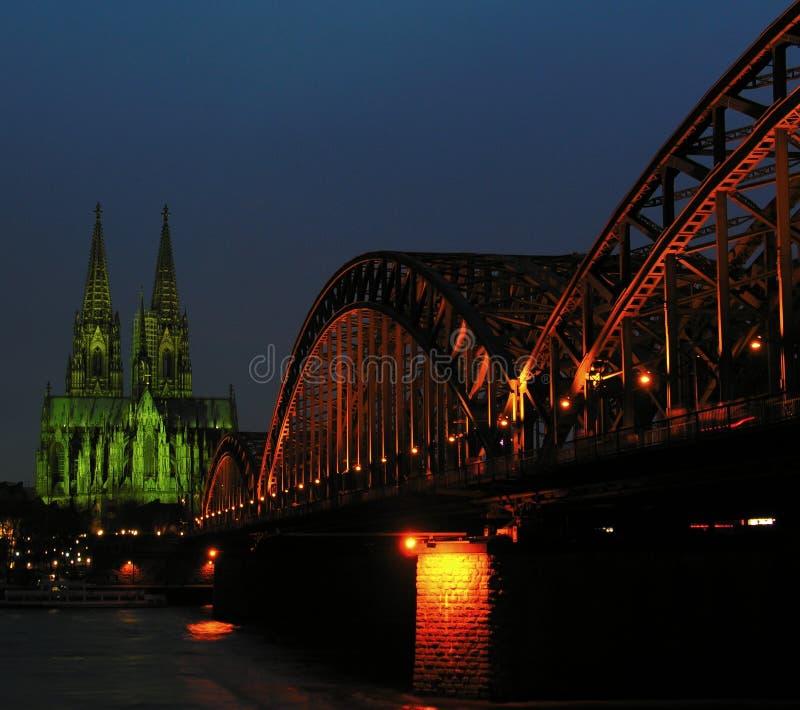 Leuchten von Köln lizenzfreies stockfoto