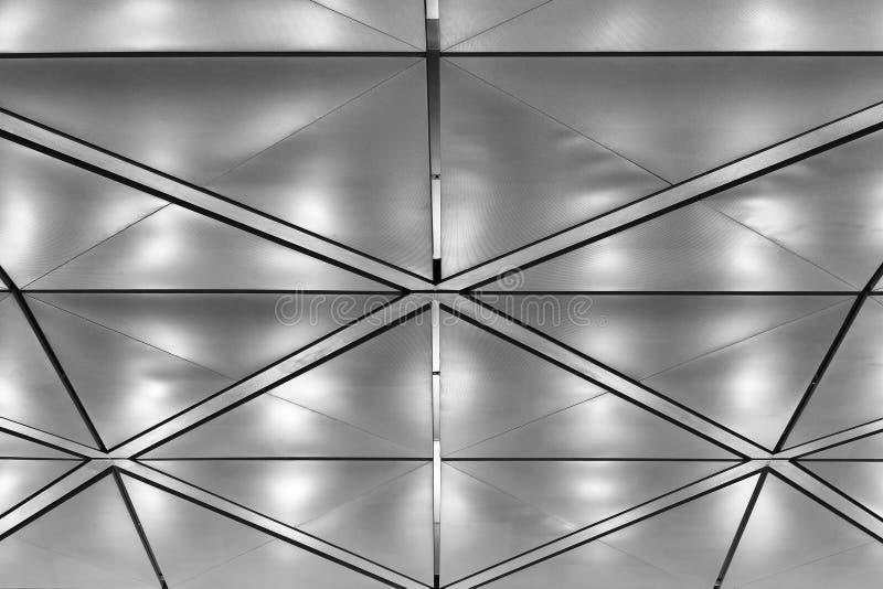 Leuchtende Decke leuchtende decke stockfoto bild metall aufbau 12262268