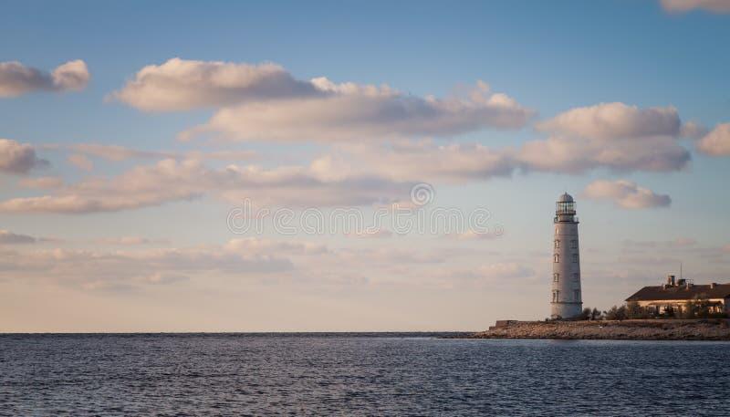 Leuchtturm auf der Küste stockfoto