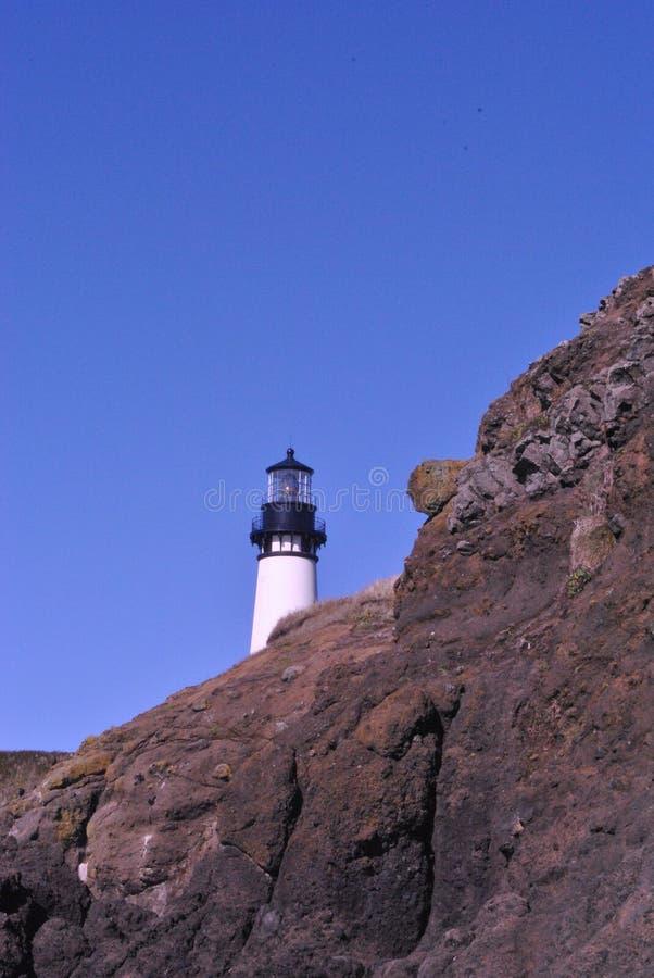 Leuchtturm auf Hügel 2 lizenzfreie stockfotografie