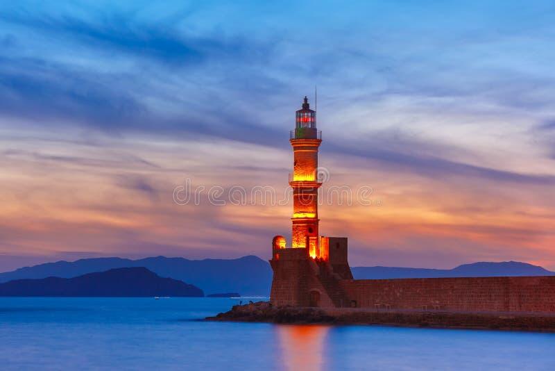 Leuchtturm bei Sonnenuntergang, Chania, Kreta, Griechenland lizenzfreie stockfotos