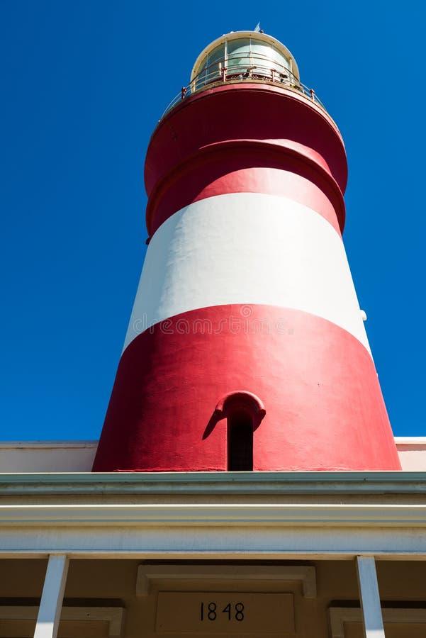 Leuchtturm des Umhangs Agulhas, Südafrika stockbilder
