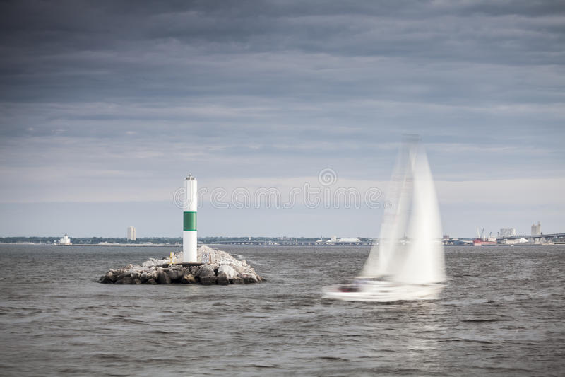 Leuchtturm in Milwaukee, Wisconsin lizenzfreie stockbilder