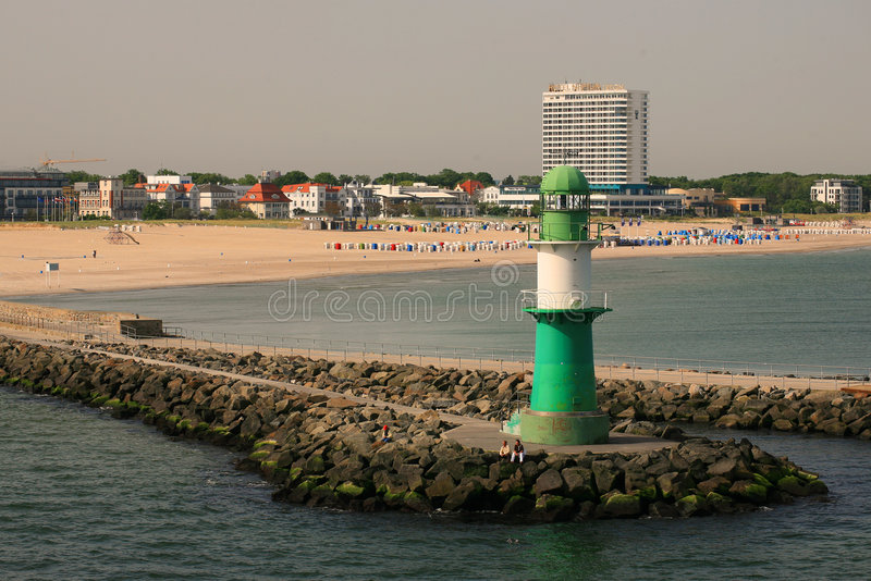Leuchtturm in Rostock /Germany/ stockfotos