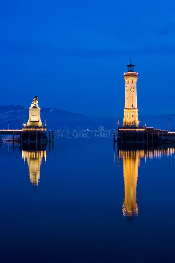 Leuchtturm und bayerischer Löwe, Lindau, Deutschland stockbild