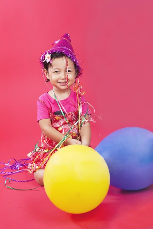 Leuk meisje met ballons stock afbeeldingen