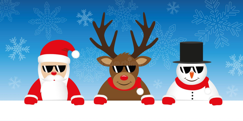 Leuk rendier de Kerstman en sneeuwmanbeeldverhaal met zonnebril op sneeuw de winterachtergrond stock illustratie