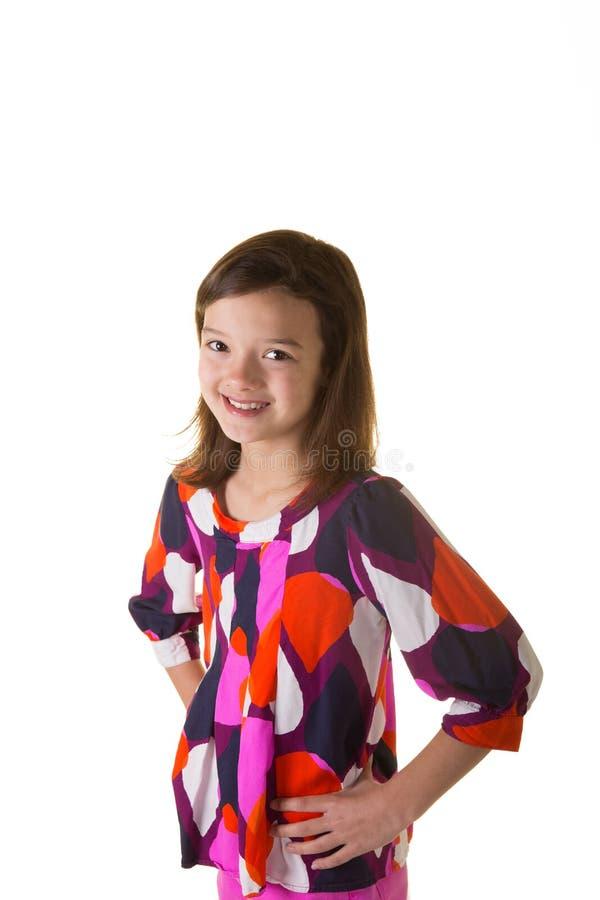 Leuk school verouderd die kind op wit wordt geïsoleerd royalty-vrije stock foto