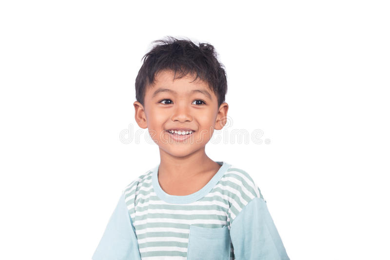 leuk weinig het Aziatische jongen glimlachen royalty-vrije stock afbeelding