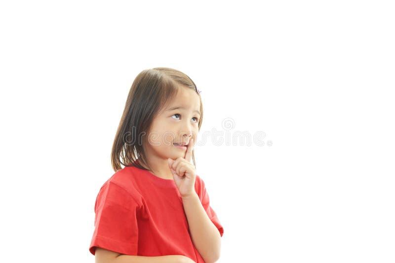 Leuk weinig het Aziatische meisje glimlachen stock fotografie