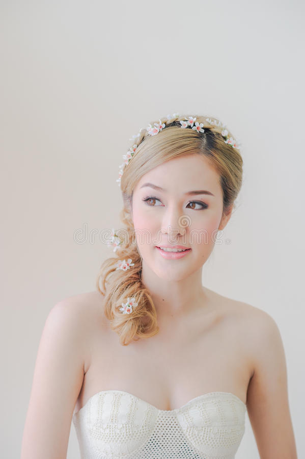 Leuke Aziatische Vrouwenmake-up en glimlach royalty-vrije stock foto's