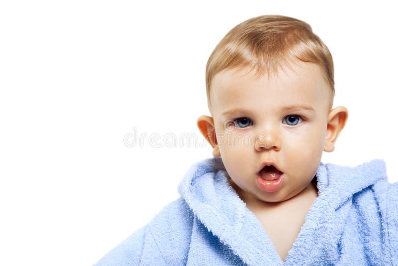 Leuke babyjongen met grappige uitdrukking royalty-vrije stock afbeelding