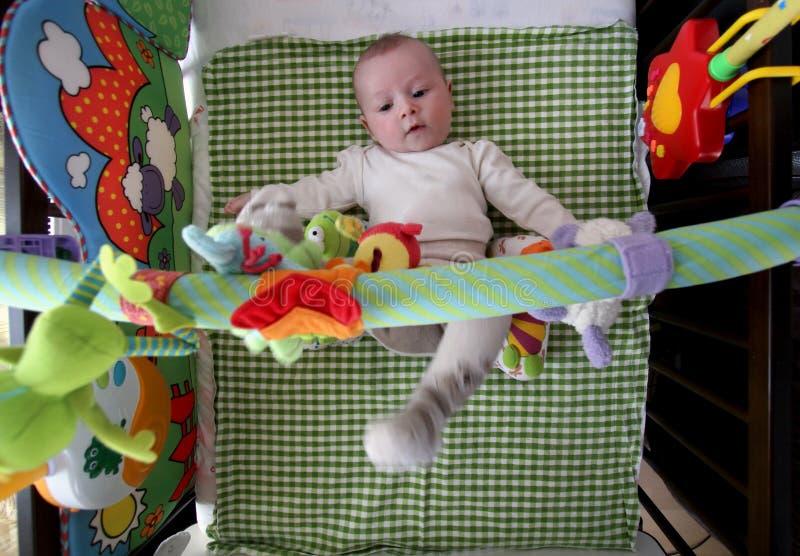 Leuke babyspelen royalty-vrije stock afbeelding