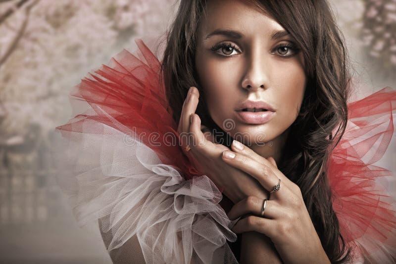 leuke brunette stock fotografie